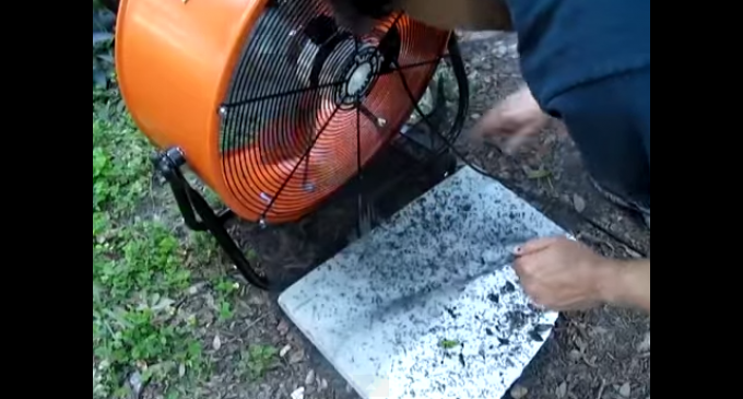 DIY Pesticide Free Mosquito Trap – Kill 1000s Per Night