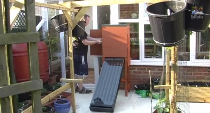 Make A Solar Food Dehydrator From Cans
