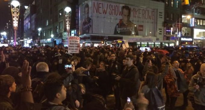 Massive Protest In NYC Over Police Illegal Chokehold Killing Of Eric Garner