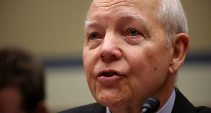 IRS To Give Refunds To Illegal Immigrants Who Never Paid Taxes