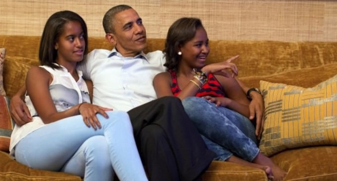 Did Obama Use His Daughters To Cover Up His Gay Marriage Lie?