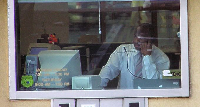 Report: DOJ Wants Banks To Call Police On Customers Withdrawing $5,000 Or More