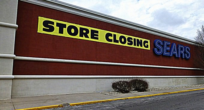 Retail Apocalypse: Major US Chains Closing 6,000 Stores Nationwide