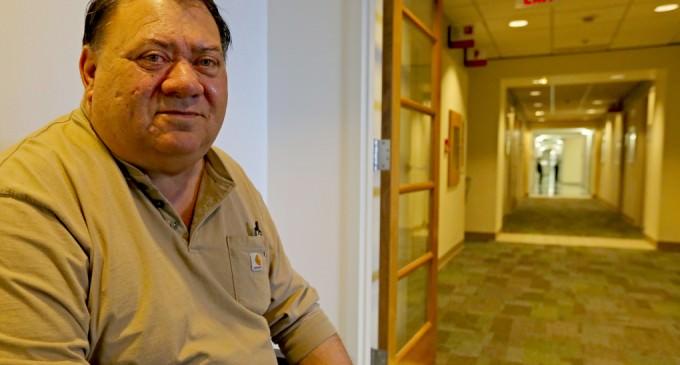 Seattle VA Hospital Wouldn't Help Veteran Get Inside ER, Despite Being Only 10 Feet Away