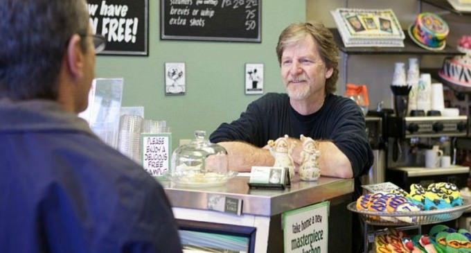 Christian Baker Forced To Make Cakes For Gay Marriages