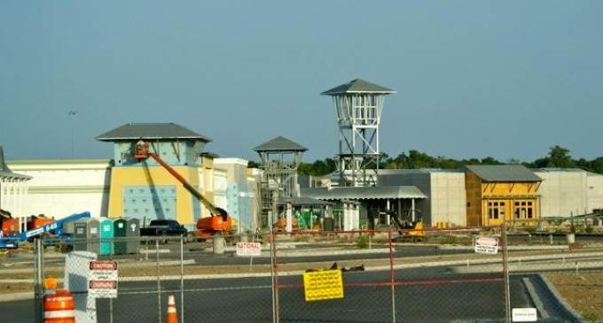 Architects Confirm: New Shopping Malls Will Become FEMA Camps