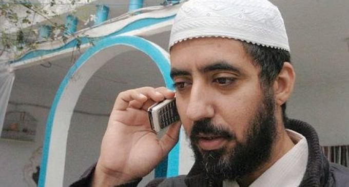 Radical Muslim Cleric Caught Being Smuggled Into U.S. In Trunk of Car