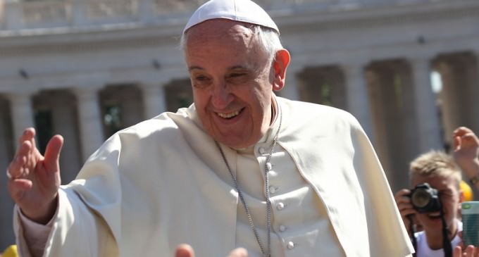 """Pope Francis To Urge U.S. To """"Open Doors"""" To Immigrants"""