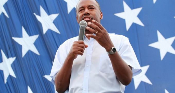 Dr. Carson  Calls out Mainstream Media on Black Conservatives