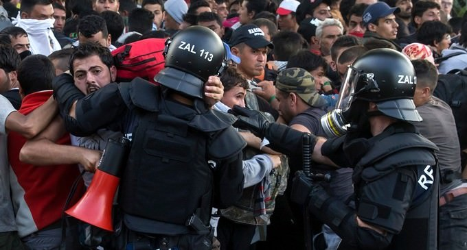 Hungary PM Says Refugees Resemble an Army