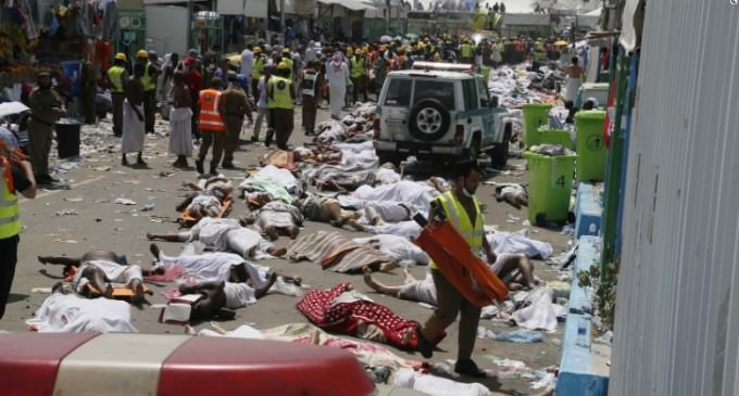 More Than 700 Dead at Mecca – What Caused The Hajj Stampede?