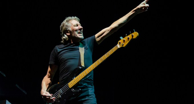 Roger Waters Chimes In On The United Nations and the United States