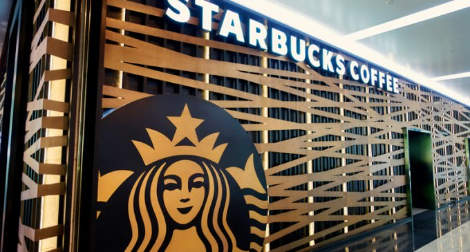 Starbucks Employee Refuses To Allow Police Officer To Use Restroom