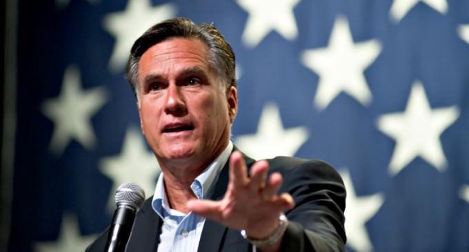 Mitt Romney Still Talking About Entering the 2016 Race