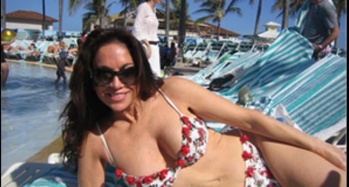 Muslim Prisoners Sue Pamela Geller For Wearing A Polka Dot Bikini