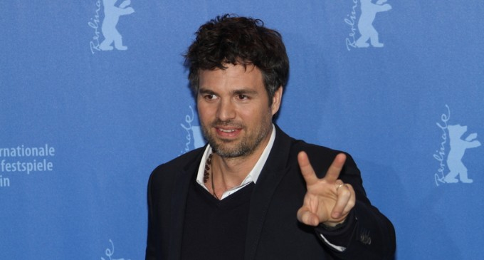 Mark Ruffalo Demands Obama Use Executive Order to Defund Police Depts