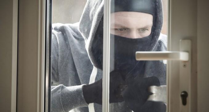 9 Home Security Secrets From a Veteran Cop