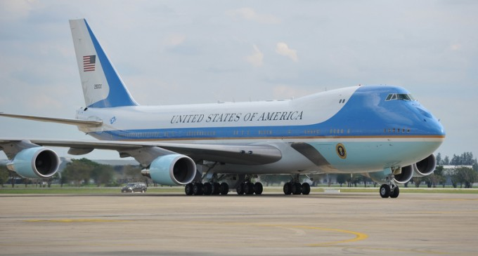 Air Force One Entrusted to Middle East Company for Servicing