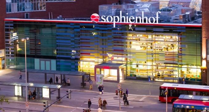 Mob of 30 Migrants Raid Shopping Mall, Sexually Assault Teenage Girls