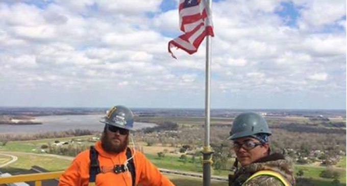 Iron workers Stand Their Ground After Being Told 'Lose The American Flag or Lose Your Job'