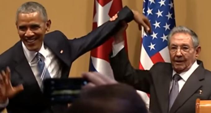 Obama Goes 'Limp Wrist' Over Hug Refusal by Raúl Castro