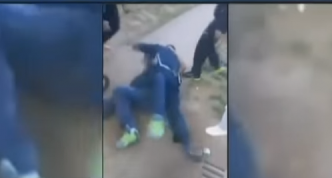 Shocking Footage of Bystanders Attacking Tennessee Police Officer