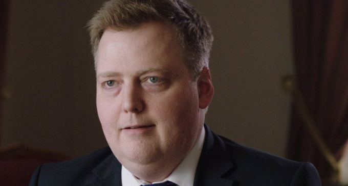 The Politicians Exposed in Panama Papers, Iceland PM Becomes First Casualty
