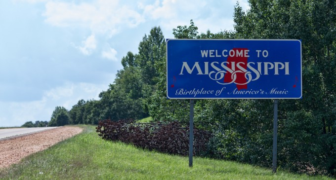 Three States Ban Travel to Mississippi