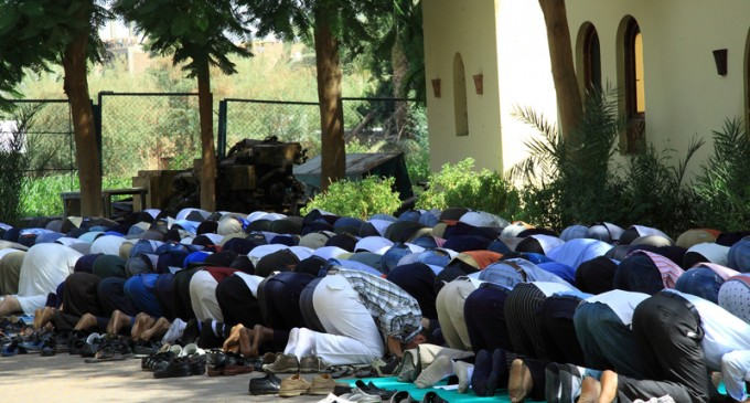 Christian Refugees Forced to Pray to Allah