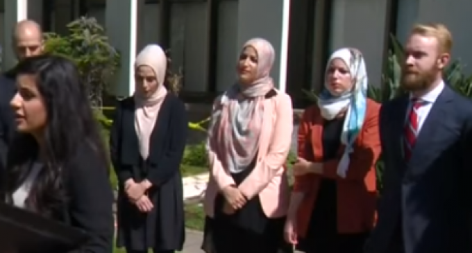 Seven Women Accuse Cafe of Kicking Them out for Being Muslim