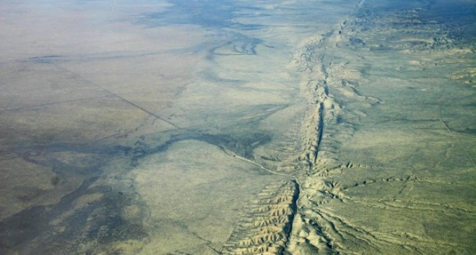 Analysis Reveals Large-scale Motion Near San Andreas Fault System