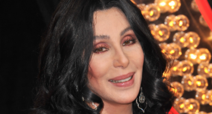 Cher goes on Bizarre, All-Caps Trump Rampage, Claims 'All Muslims' Hate Him