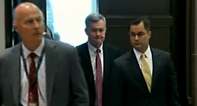 Hillary Clinton Aide Pleads the Fifth in Deposition…125 Times
