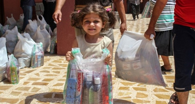 ISIS Beheads Little Girl, Forces Mother to Soak Hands in the Blood