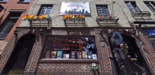 Obama Christens new ISIS Target, Names Stonewall Inn Gay Bar a National Monument