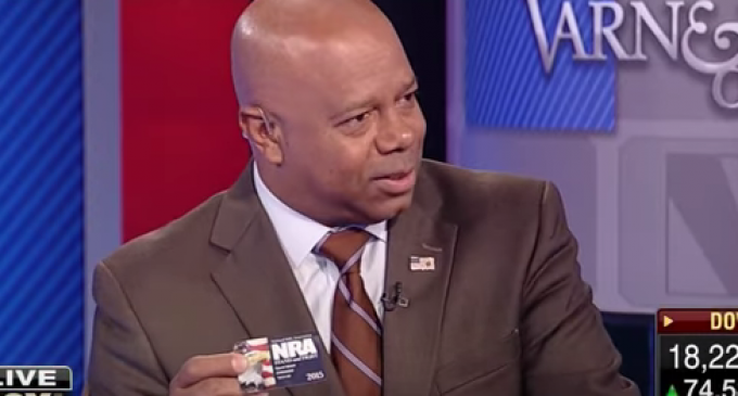 """David Webb Destroys Al Sharpton: NRA """"didn't check my ethnicity when I joined"""""""
