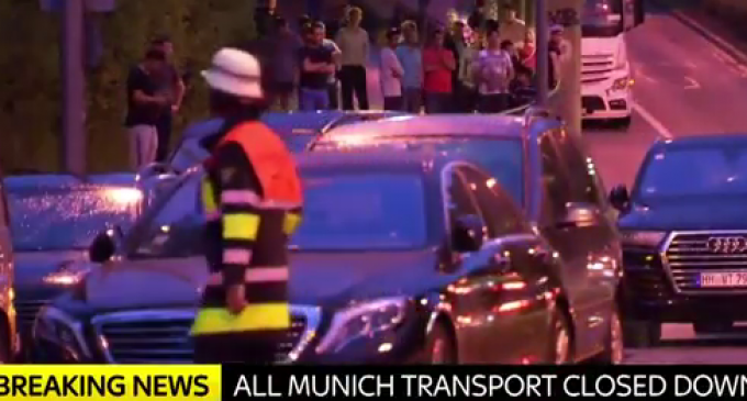 9 Reported Deaths at Mall Attack in Munich,  Police Suspect Terrorism,  Shooters on the Run