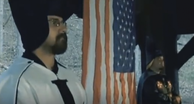New Clinton Campaign Ad Aligns Trump with KKK and White Supremacists