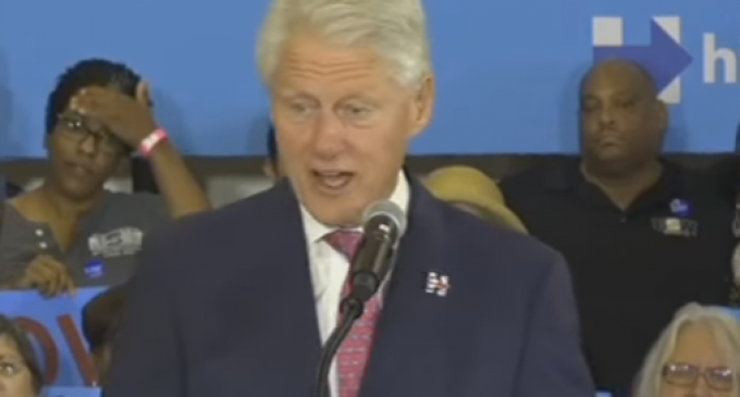 """Bill Clinton Mocks Kentucky's """"Coal People"""" for Supporting Trump Over Hillary"""