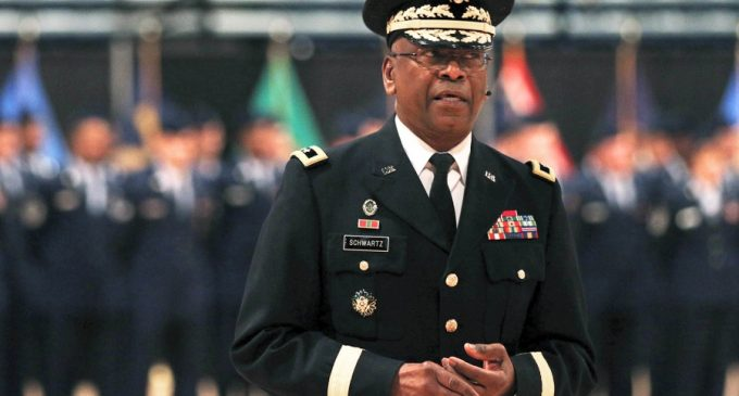 General in Charge of Security at Trump's Inauguration to Step Down at Odd Time