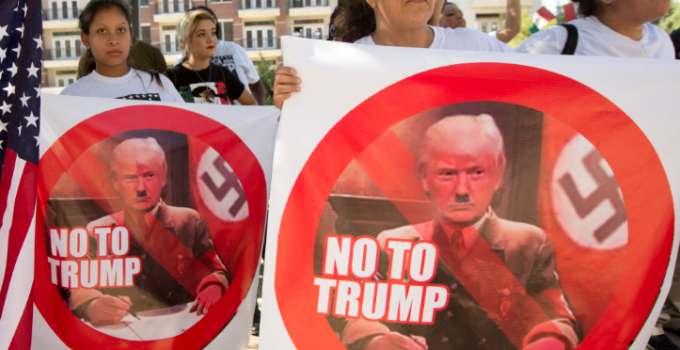 hitler_trump_protesters