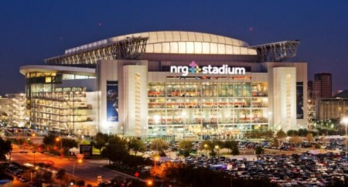 Anti-Trump Protest Groups Plan 'Secretive' Demonstrations During Super Bowl LI