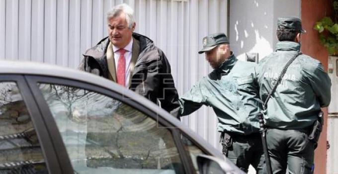 spanish_bankers_arrest
