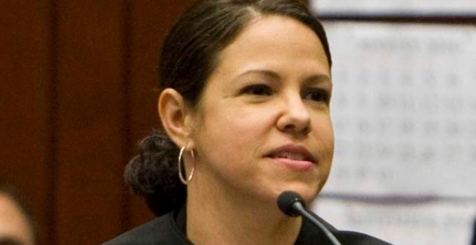 judge gloria navarro