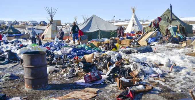 standing rock protest cleanup