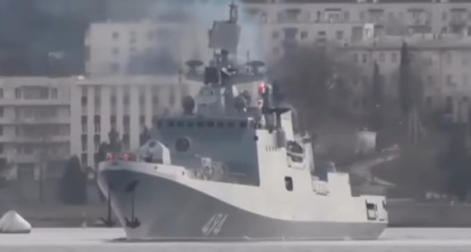 Russian Warship Heading Toward American Destroyers Near Syria