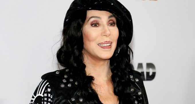 Cher: Old Democrats Should 'Die' After They 'F*cked Up' in 2016