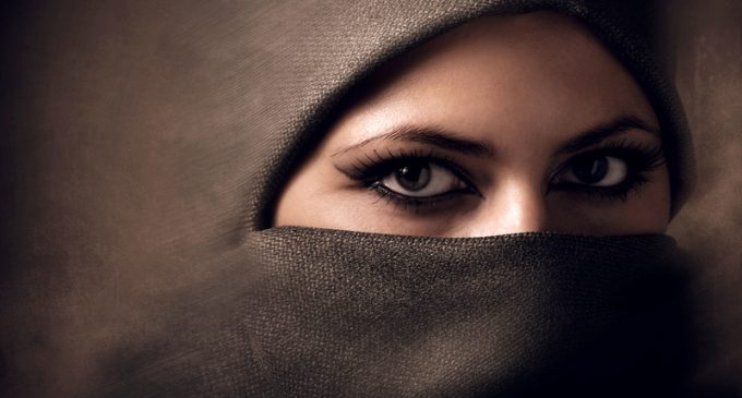 Norwegian Gov Introduces Proposal to Ban Niqab in Schools