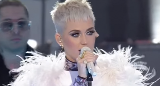 Katy Perry: 'Choose Love,' Touch Each Other to Combat Terrorism