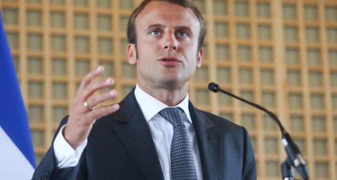 Macron Describes His Leadership as God-Like, 'Too Complex' For Journalists